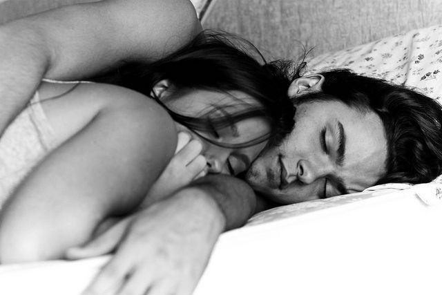 これでカレにも喜ばれる!夜のベッドでカレを飽きさせない○○を手に入れる方法