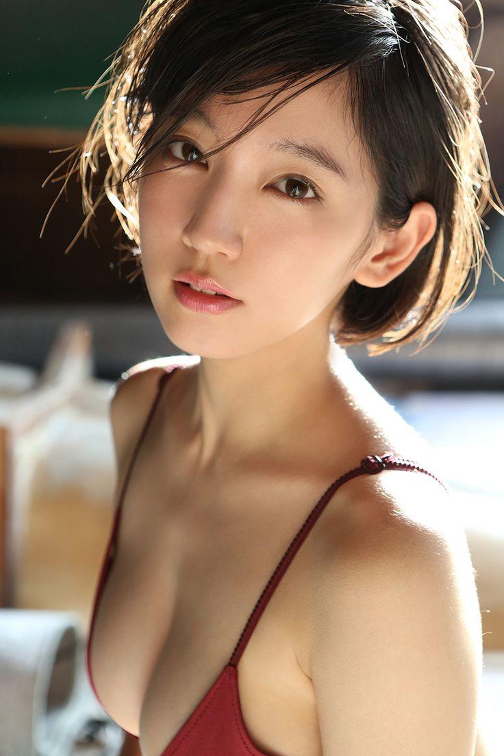 美GENEを安田美沙子も愛用!芸能人の間で広がるオーダーメイド化粧水の効果がすごすぎる!