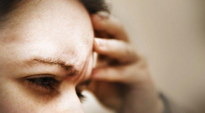 低気圧で片頭痛が起きる!?頭痛を治す方法を紹介します!偏頭痛を解消しよう!
