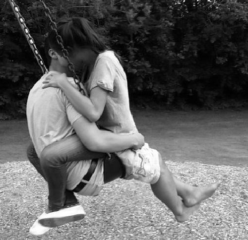 もっと彼氏に求めらる女になりたい!そっけない彼氏に愛される方法